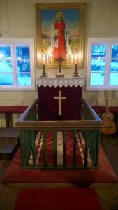 hofskirkja-altari